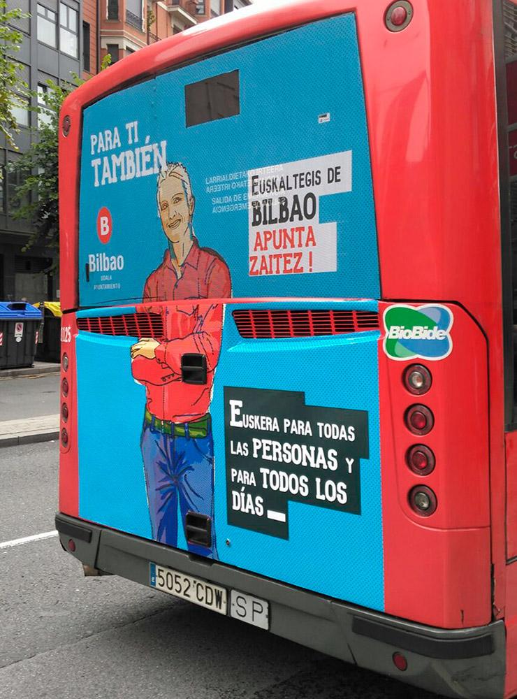 Publicidad en autobús diseñada por Ouidesign